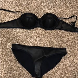 Other - TRIANGLE LEATHER SET